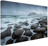 Noorse zee  Canvas 80x60 cm - Foto print op Canvas schilderij (Wanddecoratie woonkamer / slaapkamer) / Zee en Strand