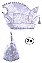 2x Prinsenmuts wit mt.63