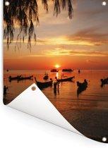 Silhouet Sairee strand op Koh Tao in Thailand Tuinposter 120x160 cm - Tuindoek / Buitencanvas / Schilderijen voor buiten (tuin decoratie) XXL / Groot formaat!