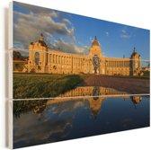 Het zonovergoten landbouwpaleis in Kazan Vurenhout met planken 90x60 cm - Foto print op Hout (Wanddecoratie)