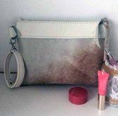 ddb65266ccc Toetie & Zo Handgemaakte Leren Clutch Koeienvacht, wit, creme, leer,  makeuptas,