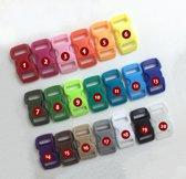 10 mini plastic gespen, sluitingen, 10mm, nr 13: elec blue