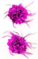 Bloem fuchsia roze clip veertjes