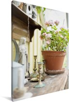 Geranium op een houten tafel Canvas 90x140 cm - Foto print op Canvas schilderij (Wanddecoratie woonkamer / slaapkamer)