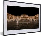 Foto in lijst - Het historische plein in de Spaanse hoofdstad Madrid fotolijst zwart met witte passe-partout klein 40x30 cm - Poster in lijst (Wanddecoratie woonkamer / slaapkamer)