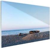 Boot op het strand Glas 60x40 cm - Foto print op Glas (Plexiglas wanddecoratie) / Zee en Strand