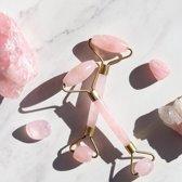 Jade Roller - Luxe Jade Roller - Anti Aging - Anti Rimpels -  Massage - 100% Natuurlijke Jade Roller - Rose Quartz - Inclusief Luxe Opbergdoos -  Roze