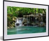 Foto in lijst - Meerdere kleine watervallen in het Thaise nationaal park Erawan fotolijst zwart met witte passe-partout 60x40 cm - Poster in lijst (Wanddecoratie woonkamer / slaapkamer)