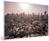 Foto in lijst - Zonnestralen boven Bombay fotolijst wit 60x40 cm - Poster in lijst (Wanddecoratie woonkamer / slaapkamer)