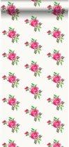 HD vliesbehang geborduurde roosjes roze en groen - 138144 van ESTAhome.nl