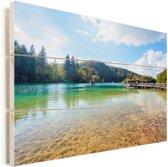 Zonnige dag in het Nationaal park Plitvicemeren in Kroatië Vurenhout met planken 30x20 cm - klein - Foto print op Hout (Wanddecoratie)
