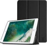 Apple iPad 9.7 (2017) / (2018) - Luxe Zwart Leer Hoesje Smart Cover - Book Case Retro (Flip Cover) - Bescherming voor Voor- en Achterkant (Zwarte Leren)