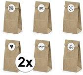 12x Bruiloft bedankzakjes met stickers - 12 stuks - uitdeelcadeaus