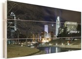 De skyline van het Amerikaanse Omaha tijdens de nacht Vurenhout met planken 80x40 cm - Foto print op Hout (Wanddecoratie)