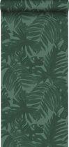 ESTAhome behang tropische bladeren emerald groen