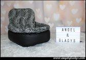 Autostoel voor hond Cosy car comfort Angel & Gladys zwart 45x35x20/45cm
