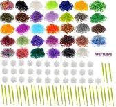 SUPER AANBIEDING 10200 stuks loom band elastiekjes mega super pakket met 34 zakjes van 300 looms per zakjes inclusief 34 stuks kleine weefhaken en 34 zakjes met S-clips