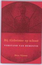 Bij Alzheimer op schoot