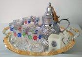 complete Marokkaanse theeset met Marokkaanse theepot (RVS), 6 Marokkaanse glazen, Marokkaanse dienblad en theelichthouder met Handje van Fatima (Hamsa)