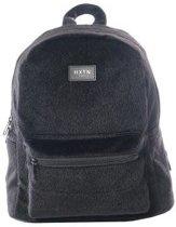 HXTN One Bag rugzak black faux fur