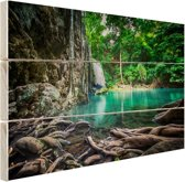 FotoCadeau.nl - Erawan waterval in jungle Hout 80x60 cm - Foto print op Hout (Wanddecoratie)