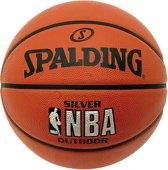 Spalding BasketbalKinderen - oranje/zwart/zilver Maat 5: 69-71cm omtrek / 480gram / Geschikt voor mini's tot 12 jaar