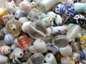 Glaskralen fancy wit mix ca. 1000 gram