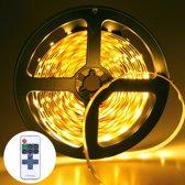 YWXLLight dimbare Light Strip Kit  SMD 2835 5m LED lint  waterdicht voor indoor  11key afstandsbediening LED strip lamp 300LEDs U.S. plug (warm wit)