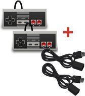 Cover van de game 2 Controllers + 2 Verlengkabels voor de Nintendo Mini Classic NES - Ultimate Pack