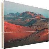 Roze gloeiende hellingen van het vulkanische landschap in Timanfaya Vurenhout met planken 40x30 cm - klein - Foto print op Hout (Wanddecoratie)