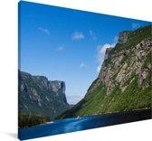 Bergen in het Nationaal park Gros Morne in Canada Canvas 60x40 cm - Foto print op Canvas schilderij (Wanddecoratie woonkamer / slaapkamer)