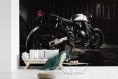 Fotobehang vinyl - Prachtige afbeelding van een mooie motor breedte 450 cm x hoogte 300 cm - Foto print op behang (in 7 formaten beschikbaar)