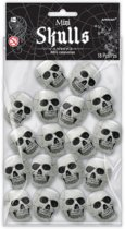 18 Mini Skulls Trick Or Treat Grey