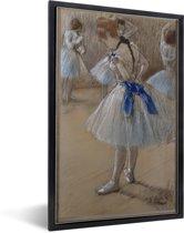 Foto in lijst - Dancer - Schilderij van Edgar Degas fotolijst zwart 40x60 cm - Poster in lijst (Wanddecoratie woonkamer / slaapkamer)