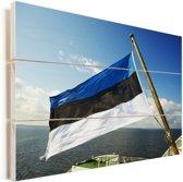 De vlag van Estland op een veerboot Vurenhout met planken 160x120 cm - Foto print op Hout (Wanddecoratie) XXL / Groot formaat!