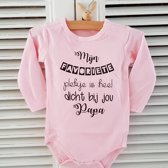 Rompertje baby tekst cadeau meisje geboorte eerste vaderdag Mijn favoriete plekje is heel dicht bij jou papa | Lange mouw | roze | maat 86/92 | eerste vaderdag mooiste cadeautje cadeau tekst baby kind liefste lief beste held superman leukste mijn is