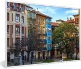 Foto in lijst - Kleurrijke huizen in Panama Stad fotolijst wit 60x40 cm - Poster in lijst (Wanddecoratie woonkamer / slaapkamer)