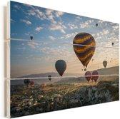 Hete luchtballonnen in het Turkse Cappadocië Vurenhout met planken 30x20 cm - klein - Foto print op Hout (Wanddecoratie)