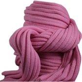 Gebreide sjaal roze voor volwassenen