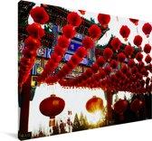 Rode lampionnen in Beijing Canvas 120x80 cm - Foto print op Canvas schilderij (Wanddecoratie woonkamer / slaapkamer)