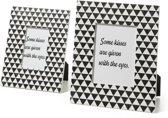 Kave Home Ota Set 2 Fotolijsten - Zwart/Wit Kisses