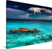De skyline van Cancun vanuit de wateren van het Noord-Amerikaanse  Isla Mujeres Canvas 140x90 cm - Foto print op Canvas schilderij (Wanddecoratie woonkamer / slaapkamer)