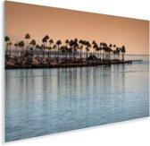 Het Noord-Amerikaanse Long Beach met een oranje lucht Plexiglas 60x40 cm - Foto print op Glas (Plexiglas wanddecoratie)
