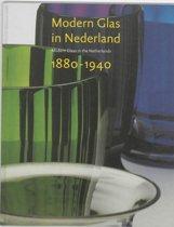 Modern Glas in Nederland 1880-1940
