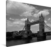 Zwart wit afbeelding van de iconische Tower Bridge in Londen Canvas 120x80 cm - Foto print op Canvas schilderij (Wanddecoratie woonkamer / slaapkamer)