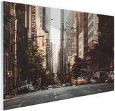 New York Rustige straat in de ochtend Glas 120x80 cm - Foto print op Glas (Plexiglas wanddecoratie)