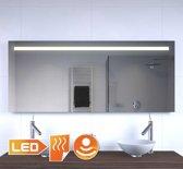 LED badkamer spiegel met stopcontact verwarming en sensordimmer 140x60 cm