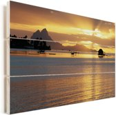 Zonsondergang op het eiland Bora Bora Vurenhout met planken 60x40 cm - Foto print op Hout (Wanddecoratie)