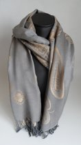 Mooie hippe sjaal van pashmina in de kleuren grijs creme breedte 70 cm leengte 180 cm.