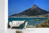 Fotobehang vinyl - Blauw water voor de kust van Kaapstad in Zuid-Afrika breedte 600 cm x hoogte 400 cm - Foto print op behang (in 7 formaten beschikbaar)